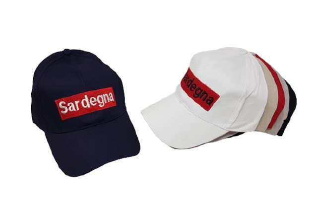 Immagine di Cappellino Sardegna colori assortiti