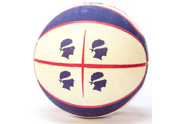 """Immagine di Pallone basket """"Casteddu"""""""