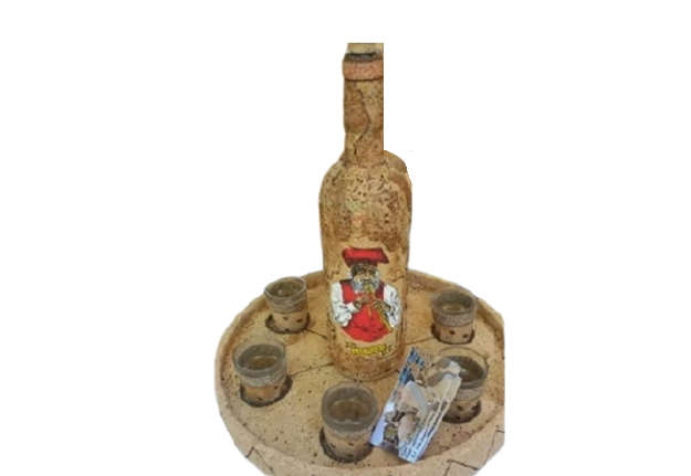 Immagine di Set bottiglia + 6 bicchieri e vassoio sughero Sardegna