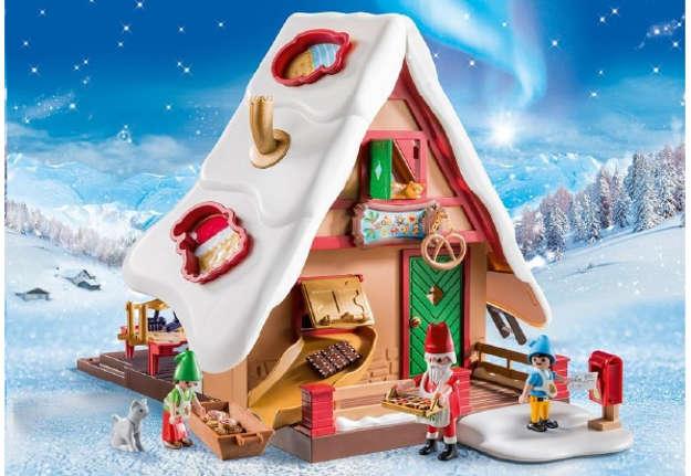 Immagine di Forno di Babbo Natale con stampi per biscotti
