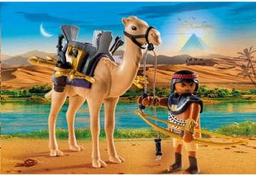 Immagine di Guerriero egizio con cammello
