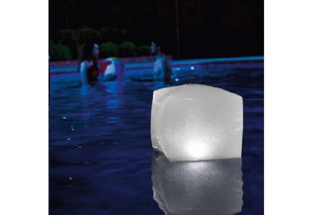 Immagine di Luce galleggiante a forma di cubo 23x23x22cm