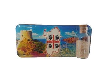 Immagine di Magnete rettangolare Sardegna 4Mori e Nuraghe con bottiglietta, sabbia e conchiglie