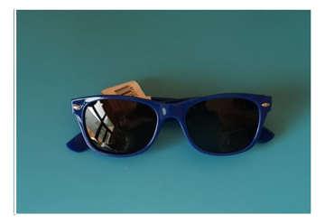 Immagine di Occhiale unisex sole blu mod. 025
