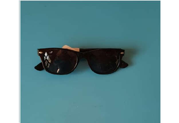 Immagine di Occhiale uomo sole modello 024