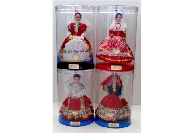 Immagine di Bambola in vestito Sardo 20cm