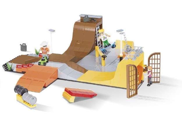 Immagine di 1880 Cobi action town - Skatepark 420pz