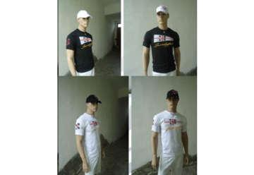 Immagine di T-shirt bianca 100% cotone con patch + ricamo Sardegna davanti tg.L