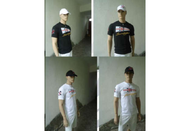 Immagine di T-shirt bianca 100% cotone con patch + ricamo Sardegna davanti tg.XXL
