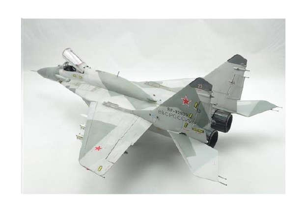 Immagine di Skypilot Fighter MIG-29 1:72