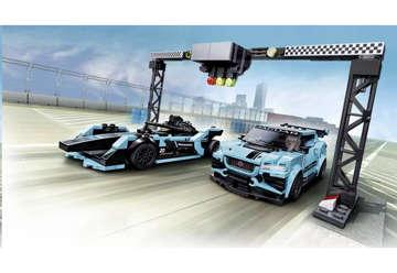 Immagine di Formula E Panasonic Jaguar Racing Gen2 o la Jaguar I-Pace eTrophy